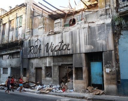 La RCA Víctor regresa a la Habana y no encuentra su Casa (2)